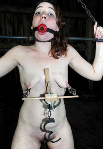 poor slave gets her nipples tortured
